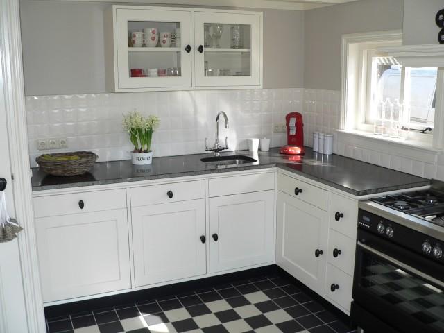 Grijze Keuken Met Zwart Blad : het Tolhek, voor alles van hout!